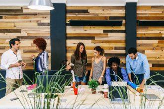 8 salariés sur 10 se sentent engagés au travail