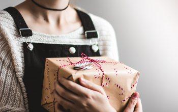 Titres cadeaux : les règles d'attribution pour les gérants d'entreprise