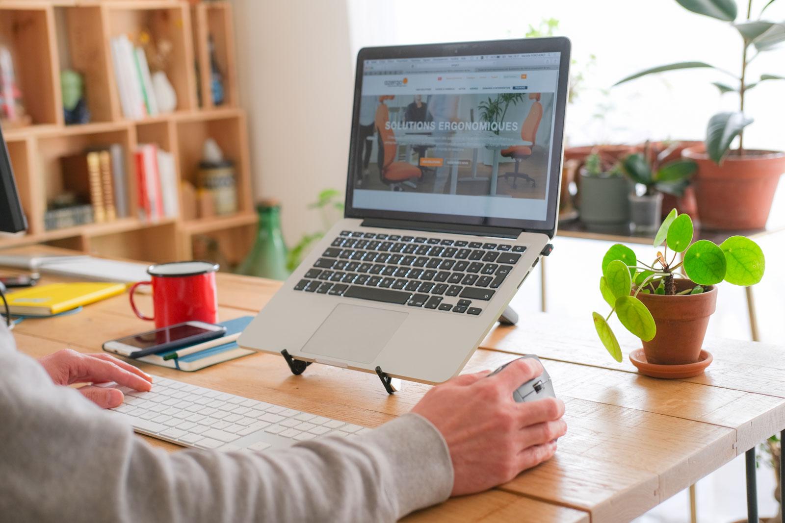 Optimiser l'ergonomie des postes de travail pour améliorer la QVT de vos collaborateurs en situation de télétravail